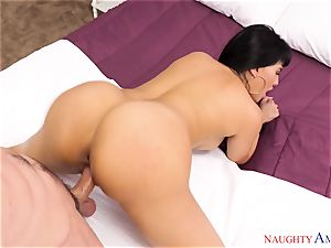 Mercedes Carrera fellating on a thick dick