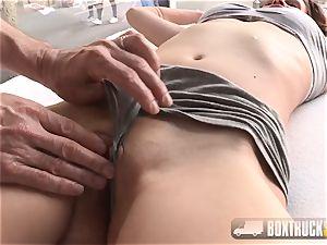 sexy Lia screws the massagist