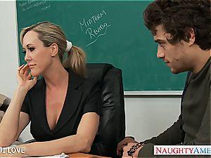 light-haired lecturer Brandi love railing manhood in classroom