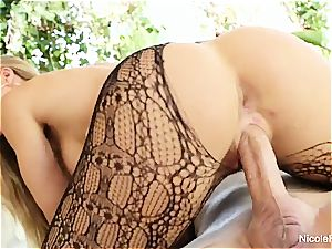 big-titted Nicole Aniston takes a spunk-pump deep in her wet poon