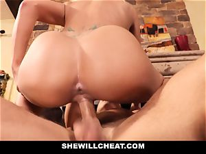 hotwife hubby sees Wifes twat Get wrecked