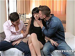 Taissia Shanti Gets gloppy With an assfuck creampie