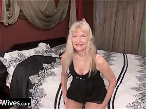 USAwives furry Mature pussies frolicking Compilation