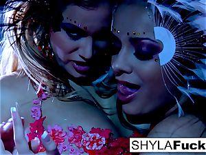buxomy Nika complies Shyla's commands