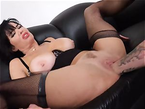 spraying black-haired Veronica Avluv cootchie tucked and fisted