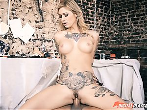 tatted ultra-cutie Kleio Valentien riding hard-on