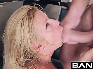 bang hard-core: Alexis Fawx squirting cougar poked