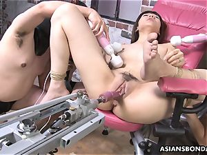 pounding her with a intercourse machine and slaves go bananas