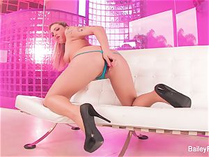 hot tatted ash-blonde Dahlia Sky plays with a fucky-fucky fucktoy