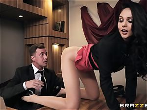 Ariana Marie gets arse smashed