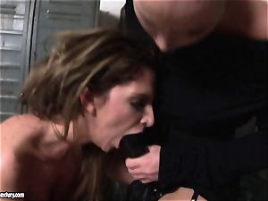 Kathia Nobili lets a super-steamy chick deep-throat her cable on