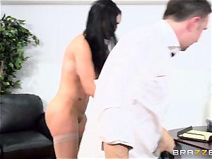 prick gagging brit honey Jasmine Jae plumbed in her culo