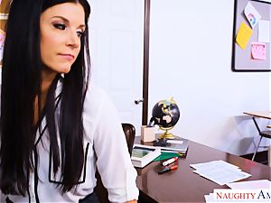 Fit milf India Summers sits her cunny on draped schoolgirls lollipop
